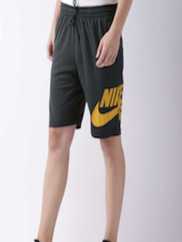 f0c21b9b55ef Nike Men Charcoal Grey Solid DRI-FIT M NK SB DRY SHORT SUNDAY Regular Fit  Sports Shorts