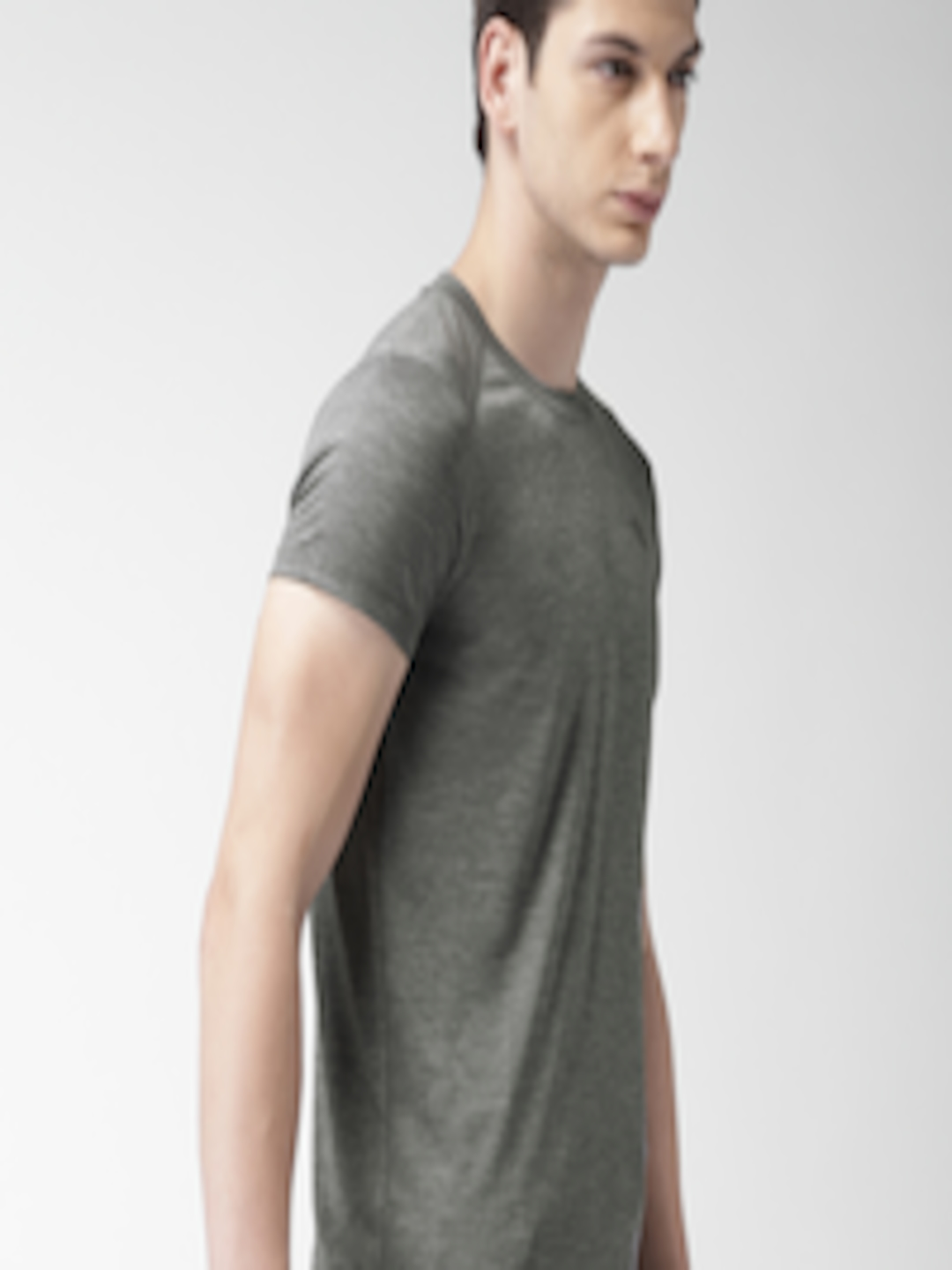 f65d1b91a Buy The North Face Men Grey Solid Round Neck M HYPERLAYER FD S/S CREW T  Shirt - - Apparel for Men