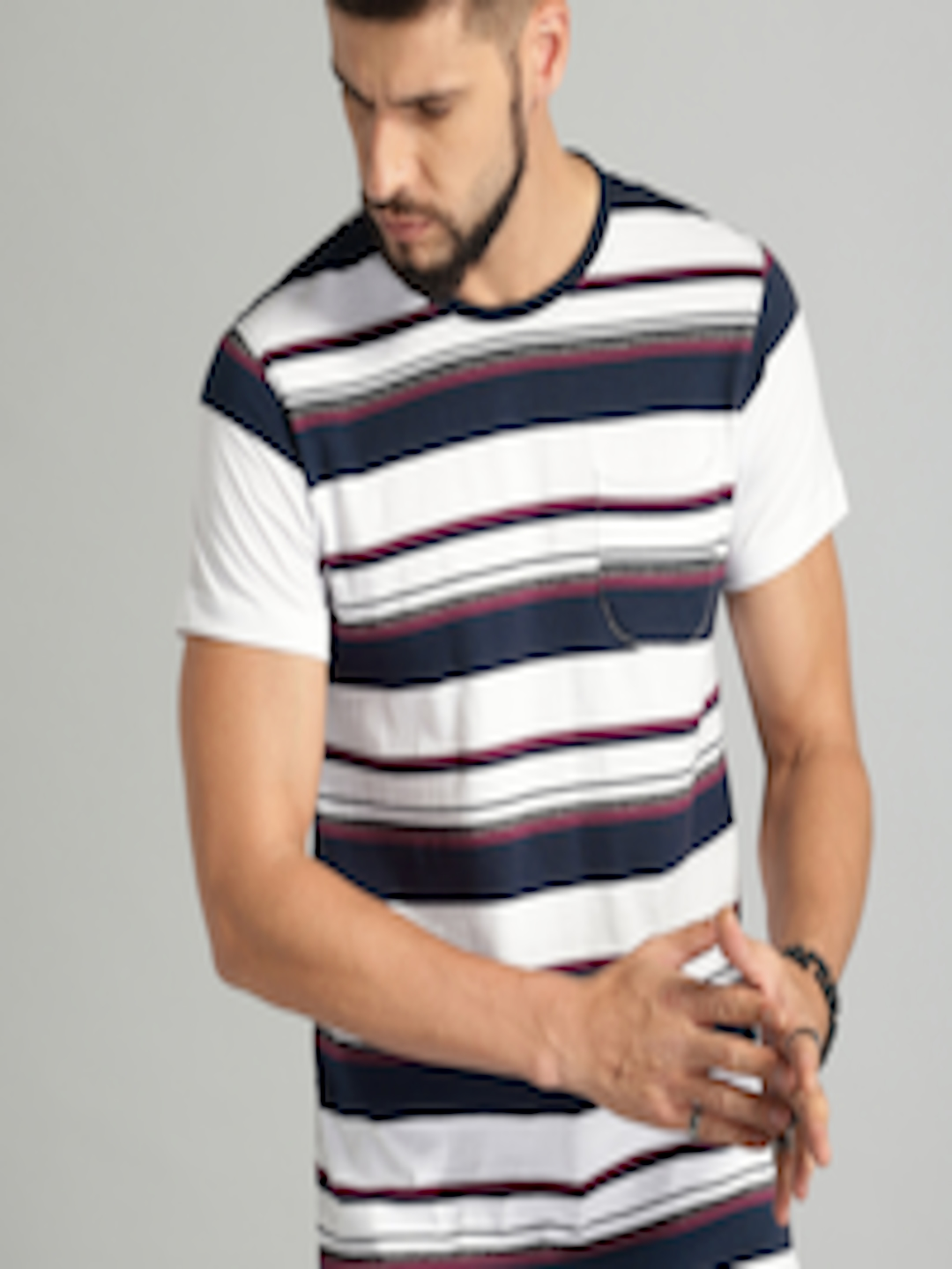 Men White & Navy Blue Striped Round Neck T Shirt by Roadster