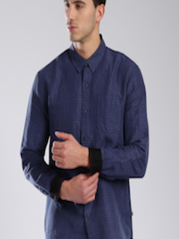 186a5e1cc1d4 Buy Levi's Redloop Violet Linen Striped Casual Shirt - Shirts for Men  976390 | Myntra