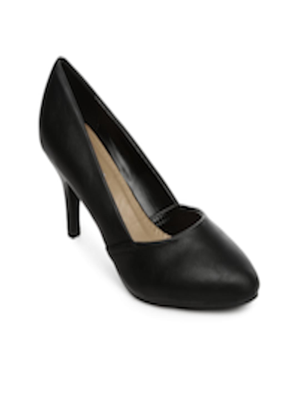 a01d1c72207 Buy URBANE Women Black Heeled Shoes - Heels for Women 582364
