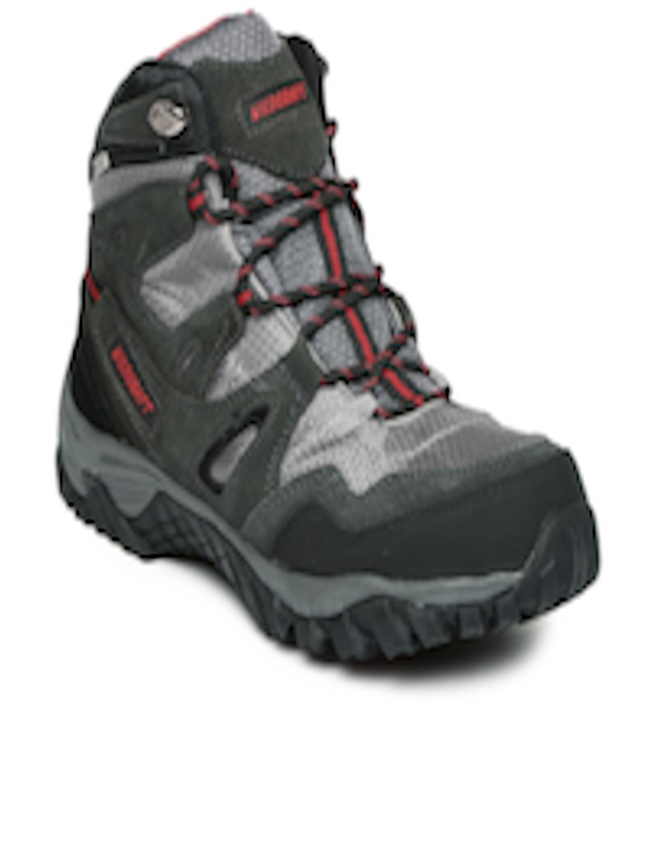buy wildcraft men grey amp black amphibia track trekking