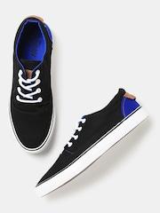 Roadster Men Black Solid Sneakers