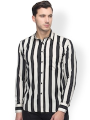 Oxolloxo Men Black & White Striped Classic Fit Casual Shirt