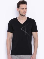 Breakbounce Men Black Slim Fit Solid V-Neck T-shirt