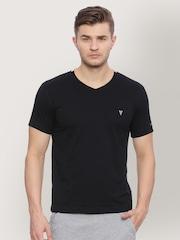 2c838e8cb Van Heusen T shirts - Buy Latest Van Heusen T shirt Online   Myntra