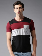 HERE&NOW Men Black & Maroon Solid Round Neck T-shirt