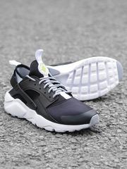 Nike Men Black Air Huarache Run Ultra Sneakers