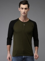 HERE&NOW Men Olive Green Solid Henley T-shirt
