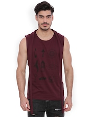 Blue Saint Men Maroon Printed Round Neck T-shirt