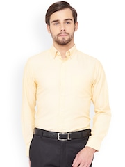 IVOC Men Yellow Slim Fit Solid Formal Shirt