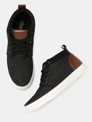 Roadster Men Black Solid Mid-Top Sneakers