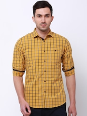 LOCOMOTIVE Men Mustard Slim Fit Checked Casual Shirt