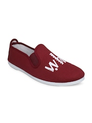 SCENTRA Unisex Maroon Slip-On Sneakers