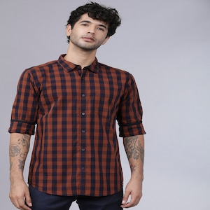 [Size 39] Horsefly Men Navy Blue & Rust Brown Slim Fit Checked Casual Shirt worth Rs. 1499 for Rs. 499 - Myntra