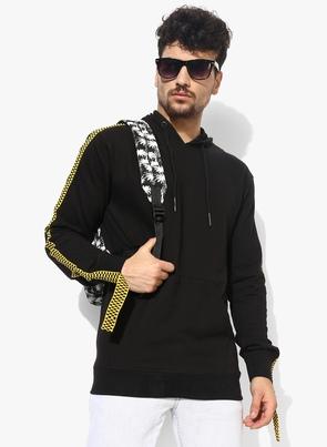 Black Solid Hooded Sweatshirt