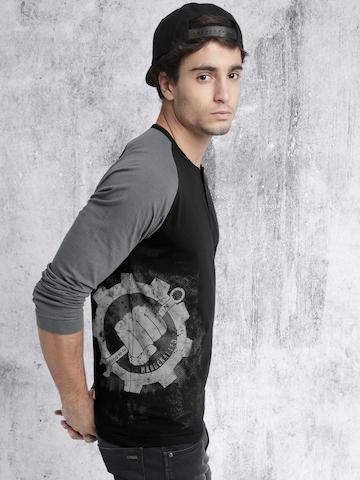 a64040928502 50% OFF on Roadster Men Black & Grey Printed Henley Neck T-shirt on Myntra  | PaisaWapas.com
