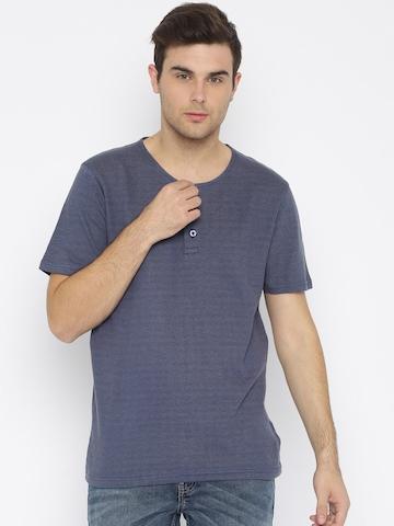 Urban Nomad Men Navy Blue Solid Henley Neck T-Shirt