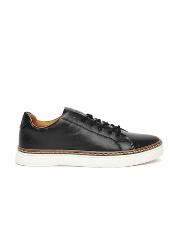 United Colors of Benetton Men Black Solid Sneakers