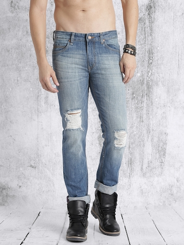 93f07ea7501 60% OFF on Roadster Men Blue Slim Fit Mid-Rise Highly Distressed Jeans on  Myntra   PaisaWapas.com