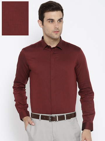 ad365517920 60% OFF on Arrow New York Men Maroon Slim Fit Solid Formal Shirt on Myntra