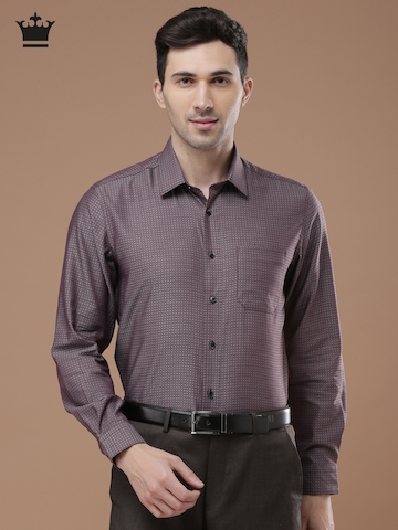 e87641bc731d5b Buy Louis Philippe Men Burgundy Slim Fit Checked Formal Shirt on Myntra |  PaisaWapas.com