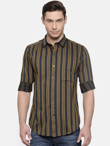 15791c6bb9f5 40% OFF on ANAMS MAN Men Olive Green & Navy Blue Slim Fit Striped  Semiformal Shirt on Myntra   PaisaWapas.com