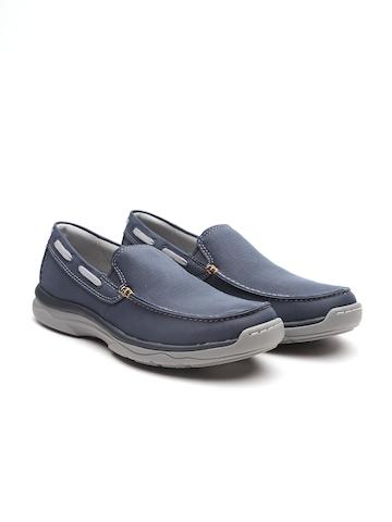 76b6d53fd 45% OFF on Clarks Men Navy Blue Slip-On Sneakers on Myntra   PaisaWapas.com