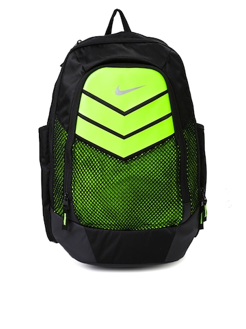95d0e9e9d3d4 Buy Nike Unisex Black   Neon Green Vapor Power Backpack on Myntra ...
