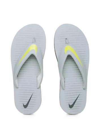outlet store a5358 59985 Nike Men Grey & Yellow Chroma Thong 5 Flip-Flops