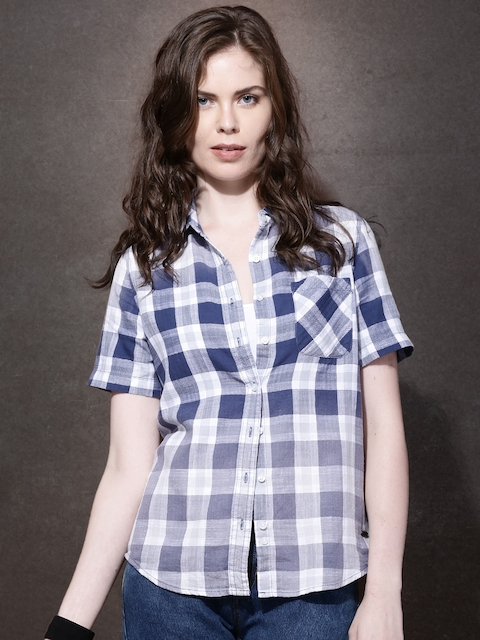 Roadster Women Blue & White Checked Casual Shirt