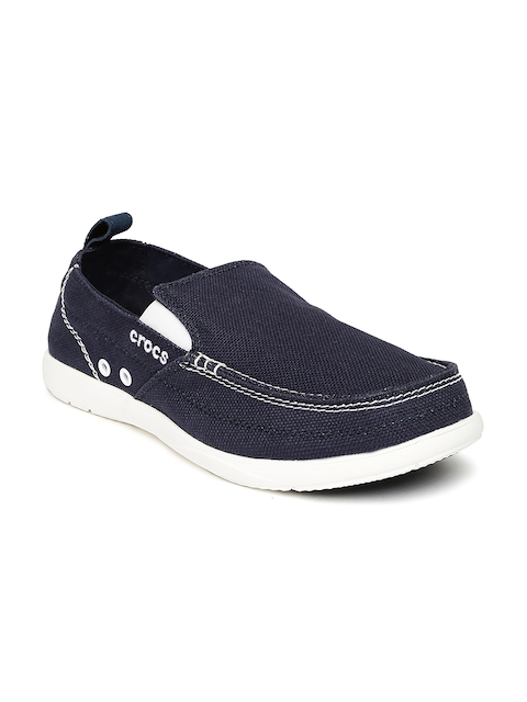 Crocs Men Navy Walu Loafers