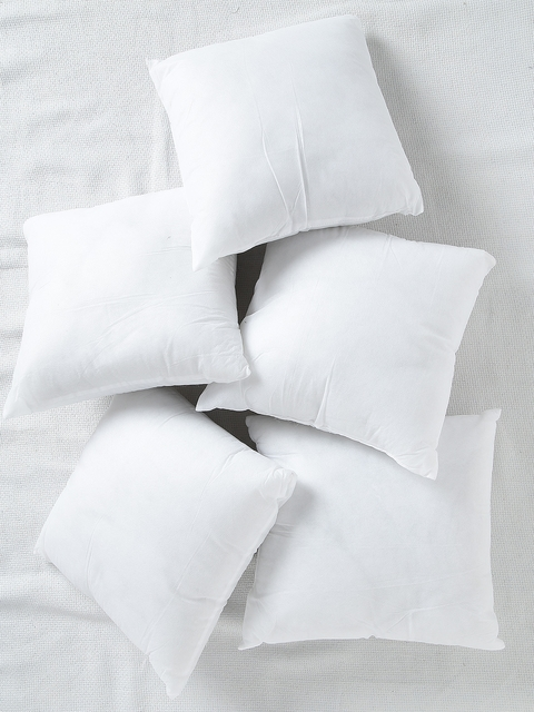 SWHF White Set of 5 Fibre 12'' x 12'' Square Cushions