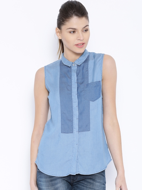 Lee Blue Kristen Sleeveless Shirt