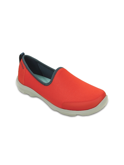 c57eae7d8 Crocs Shoes  Buy Crocs Shoes at Lowest Price at 65% Discount Offers