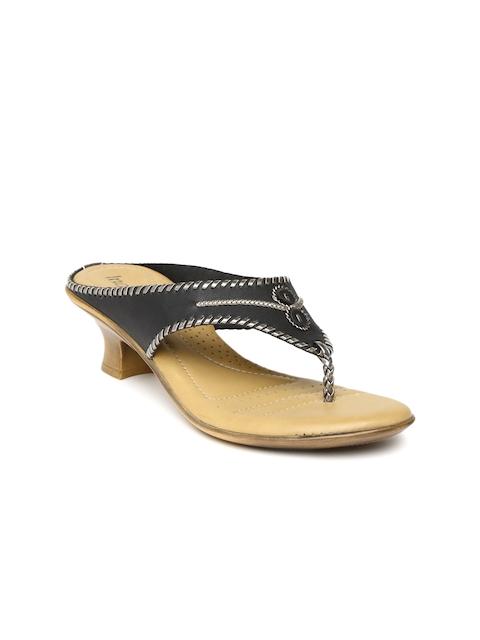 Inc.5 Women Black Kitten Heels
