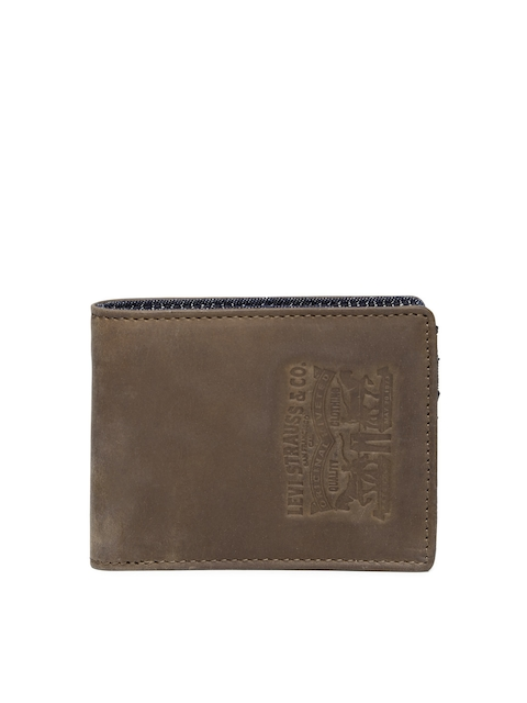 Levi's Men Brown Leather Wallet