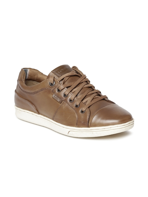 Levis Men Tan Sneakers