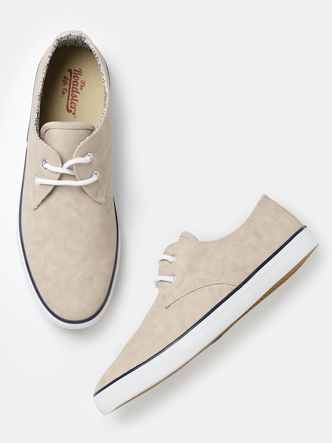 Roadster Men Beige Derby Shoes