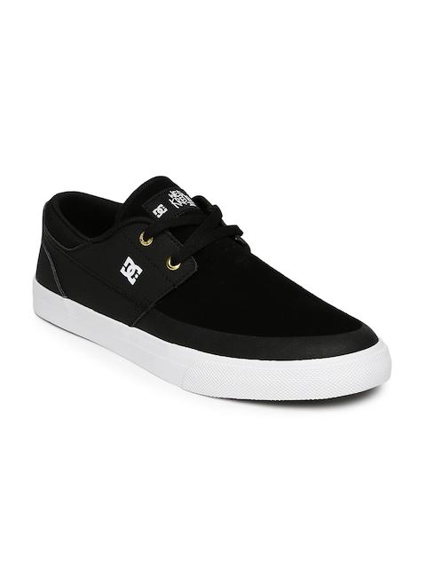 DC Men Black Super Suede Sneakers