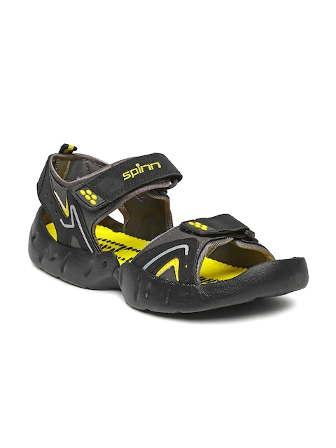 Spinn Men Black Merrell Sports Sandals