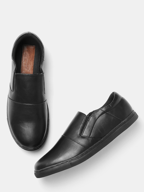 Roadster Men Black Solid Slip-Ons
