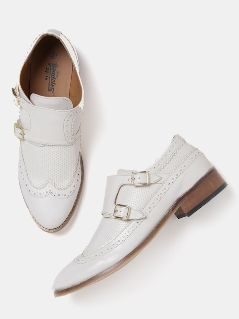 Roadster Women White Textured Monks