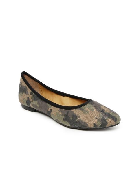 Bata Women Olive Green Camouflage Print Flat Shoes