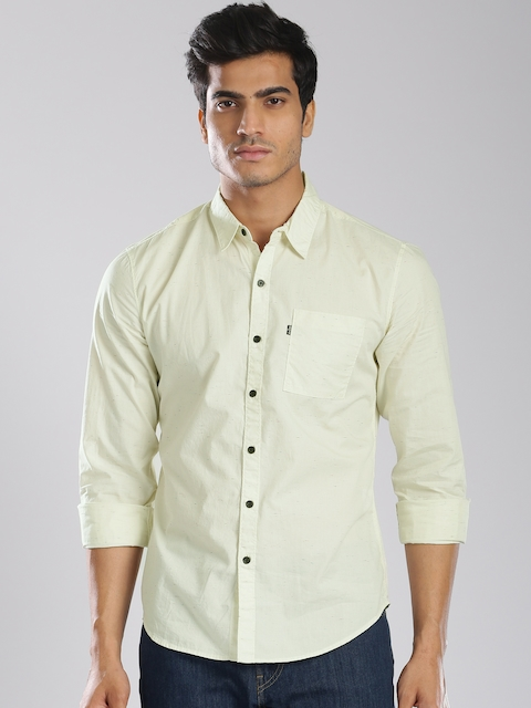 Levis Men Off-white Regular Fit Solid Casual Shirt