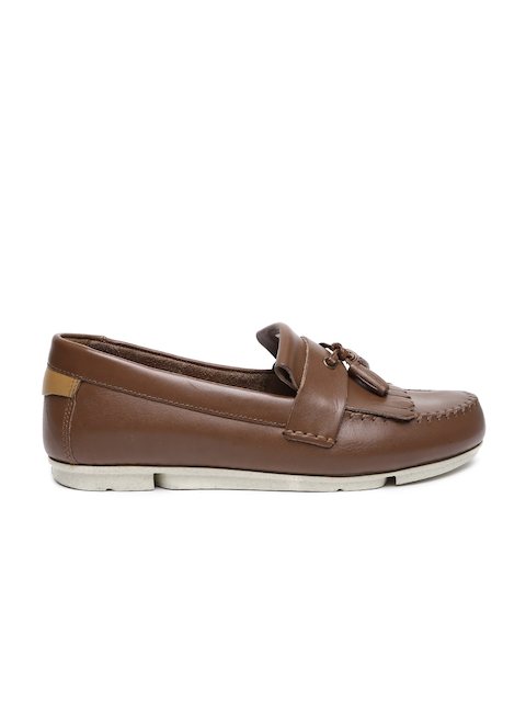 Clarks Men Brown Solid Regular Loafers