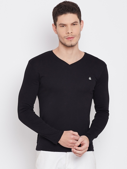United Colors of Benetton Men Black Solid V-Neck T-Shirt