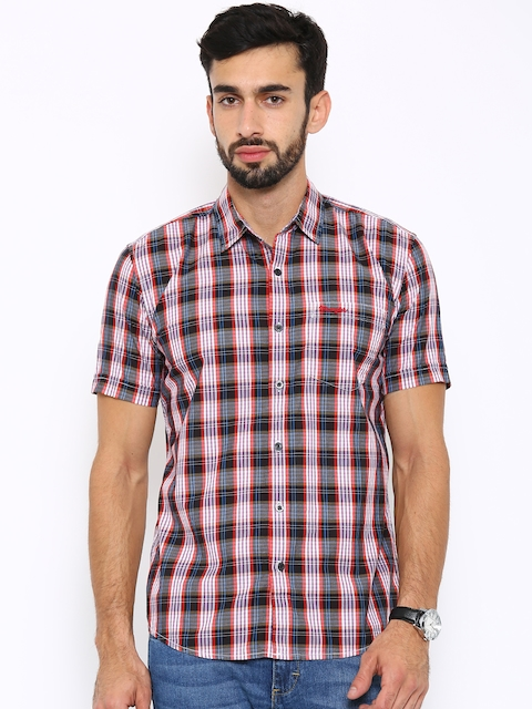 Wrangler Men Black & Red Checked Casual Shirt