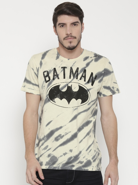 Batman by Free Authority Men Cream-Coloured Printed Round Neck T-Shirt