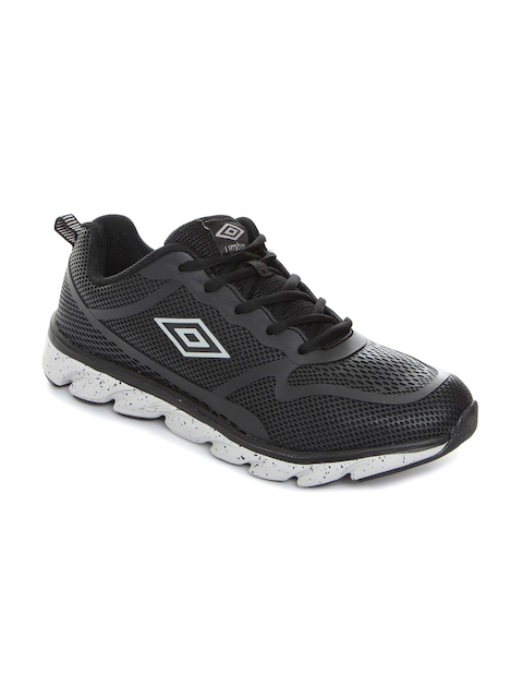 Umbro Men Black Running Shoes
